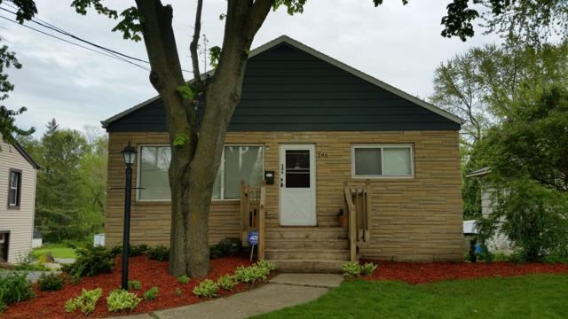 246 North Ave, Hartland, WI 53029 (#1638625) :: RE/MAX Service First