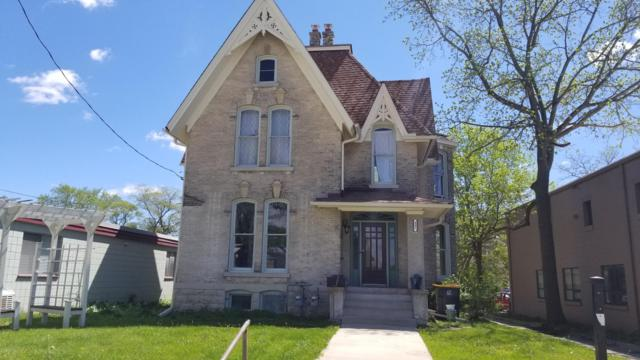 407 N Grand Ave., Waukesha, WI 53186 (#1638627) :: RE/MAX Service First