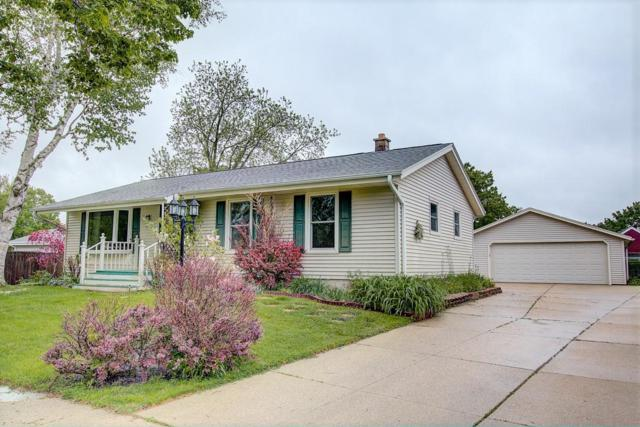 1825 Waterview Ln, Waukesha, WI 53189 (#1638959) :: RE/MAX Service First