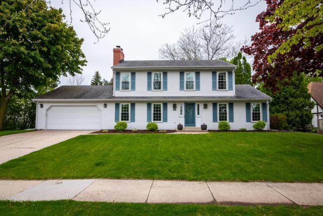 285 W Falls Rd, Grafton, WI 53024 (#1639511) :: Tom Didier Real Estate Team