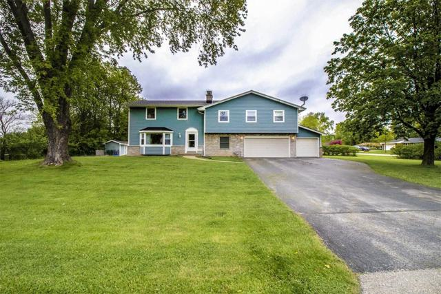 14560 W Lilly Heights Dr, Brookfield, WI 53005 (#1639653) :: RE/MAX Service First Service First Pros