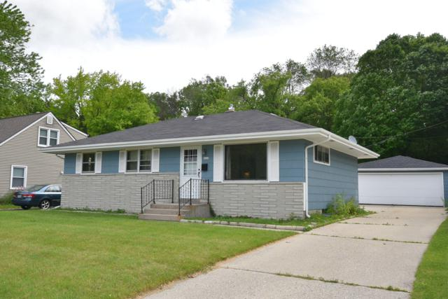 2029 Briar Dr, West Bend, WI 53090 (#1640672) :: eXp Realty LLC