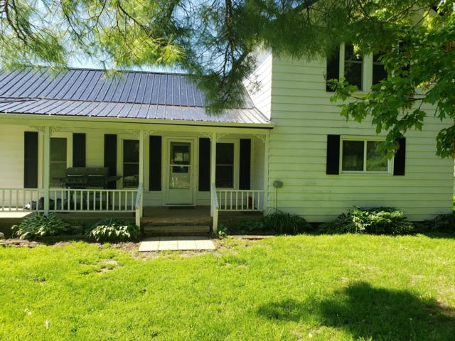 28983 Northland Ave, Glendale, WI 53929 (#1641774) :: eXp Realty LLC