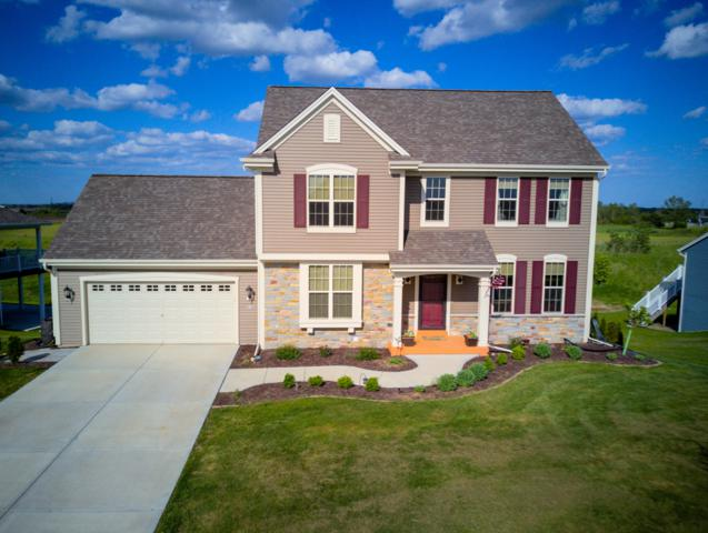 516 Emerald Hills Dr, Fredonia, WI 53021 (#1642221) :: Tom Didier Real Estate Team
