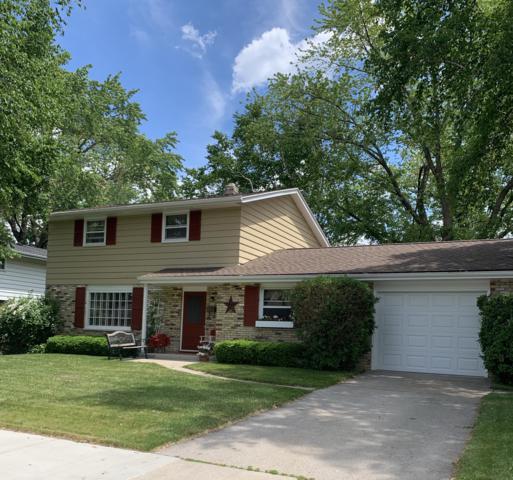 920 7th Ave, Grafton, WI 53024 (#1642247) :: Tom Didier Real Estate Team
