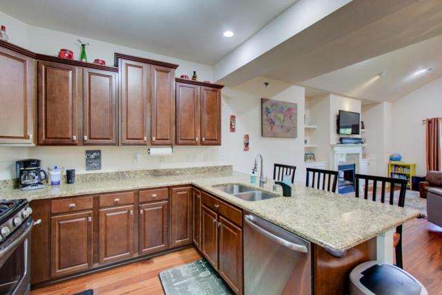 17490 Crest Hill Dr #14, Brookfield, WI 53045 (#1642277) :: RE/MAX Service First Service First Pros