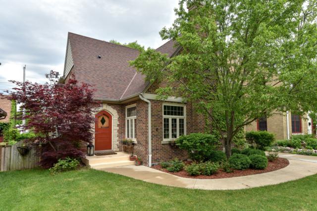 6167 N Bay Ridge Ave, Whitefish Bay, WI 53217 (#1642795) :: Tom Didier Real Estate Team