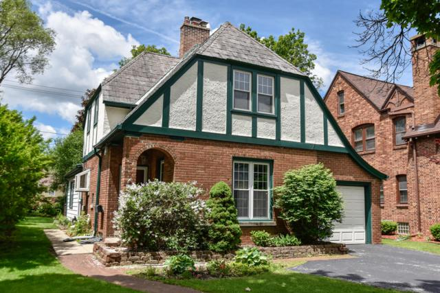 421 N 89th St, Wauwatosa, WI 53226 (#1642860) :: RE/MAX Service First