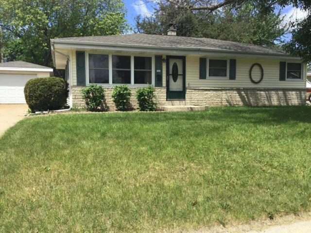 733 Wheelock Ave, Hartford, WI 53027 (#1642864) :: Tom Didier Real Estate Team