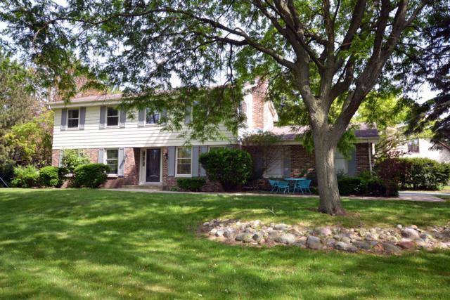2100 Hammock Hill Ln, Brookfield, WI 53045 (#1643291) :: Tom Didier Real Estate Team