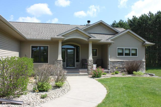 W7008 County Road T, Holland, WI 54636 (#1643302) :: eXp Realty LLC