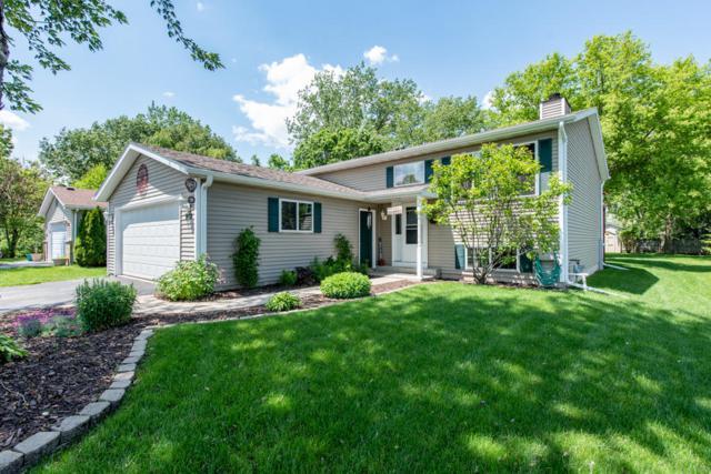 912 102nd, Pleasant Prairie, WI 53158 (#1643315) :: Tom Didier Real Estate Team