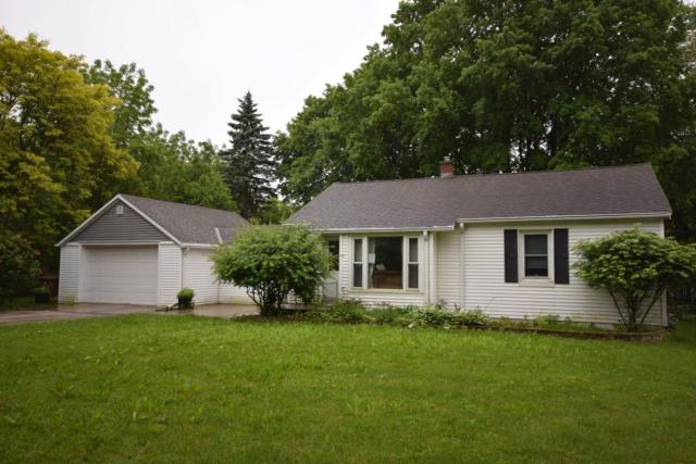 415 W River Front Dr, Glendale, WI 53217 (#1643564) :: eXp Realty LLC