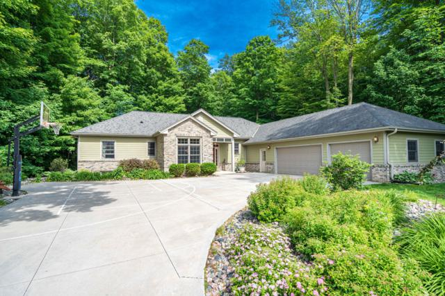 84 King Oak Ct, Random Lake, WI 53075 (#1643608) :: RE/MAX Service First Service First Pros