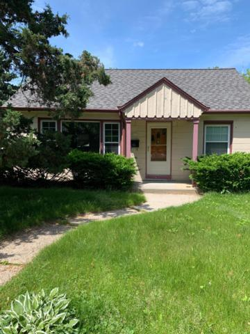 4977 N Iroquois Ave, Glendale, WI 53217 (#1643679) :: eXp Realty LLC