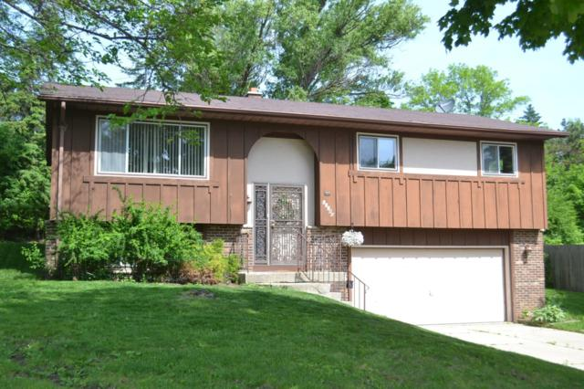 10740 W Grantosa Dr, Wauwatosa, WI 53222 (#1643950) :: eXp Realty LLC