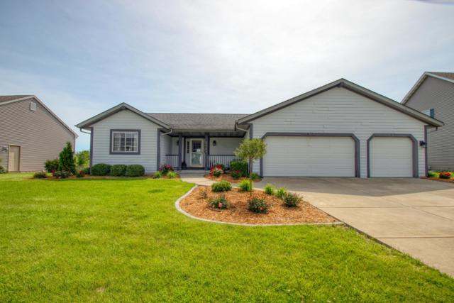 6864 S 34th St, Franklin, WI 53132 (#1644449) :: eXp Realty LLC