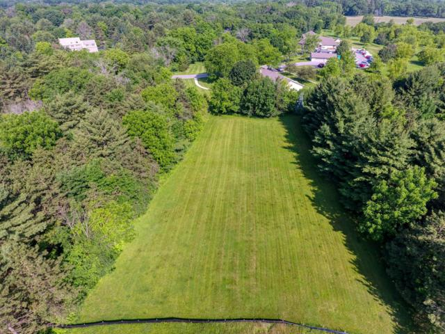 W259 Oakwood Dr Lt1, Delafield, WI 53018 (#1644575) :: eXp Realty LLC