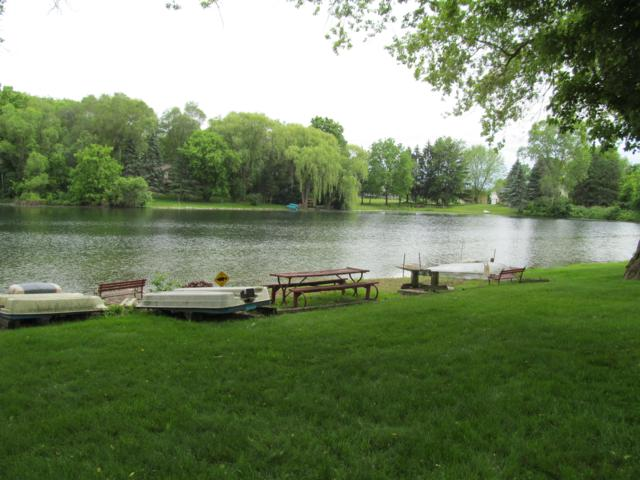 28608 Martha Ct, Waterford, WI 53185 (#1644712) :: eXp Realty LLC