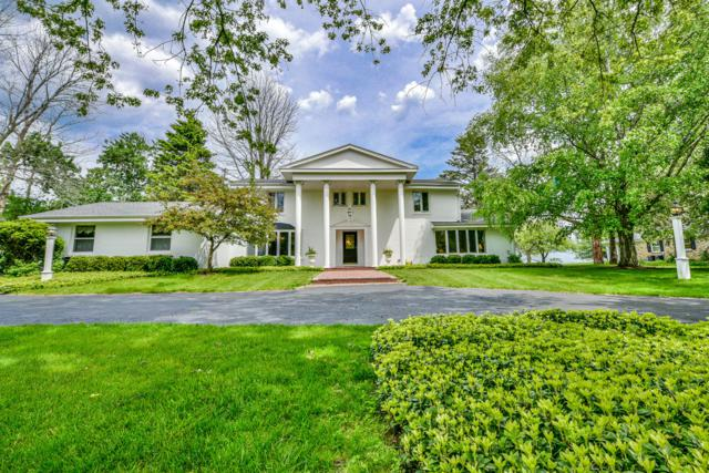 13334 N Lakewood Dr, Mequon, WI 53097 (#1644732) :: eXp Realty LLC