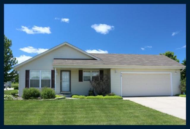 418 Aspen St, Johnson Creek, WI 53038 (#1644798) :: RE/MAX Service First