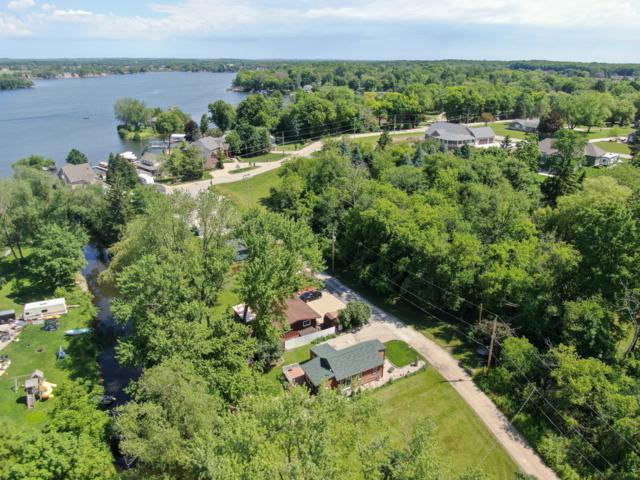 6624 Canal Ln, Waterford, WI 53185 (#1644809) :: eXp Realty LLC