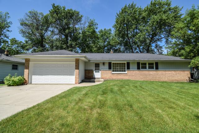 4511 N 100th St, Wauwatosa, WI 53225 (#1644823) :: eXp Realty LLC