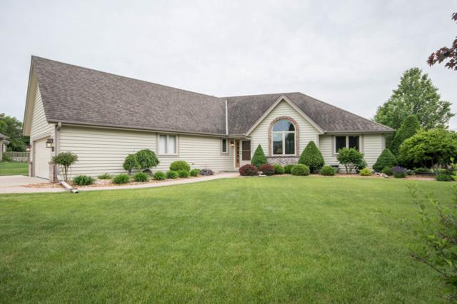 1014 Quietwood Ct, Pewaukee, WI 53072 (#1644842) :: eXp Realty LLC
