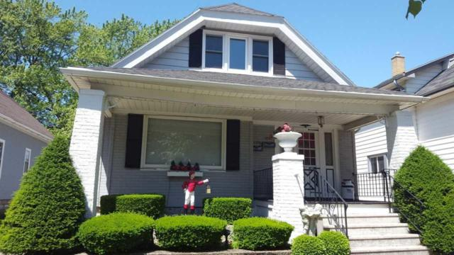 2137 S 36th St, Milwaukee, WI 53215 (#1644932) :: eXp Realty LLC