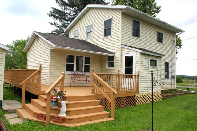 N3706 Lawson School Rd, Darien, WI 53115 (#1644989) :: eXp Realty LLC