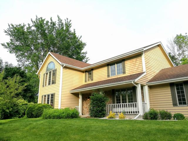 W142N5285 St Andrews Ct, Menomonee Falls, WI 53051 (#1645161) :: eXp Realty LLC