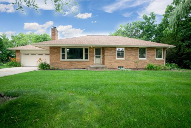 3161 N 105th St, Wauwatosa, WI 53222 (#1645836) :: eXp Realty LLC