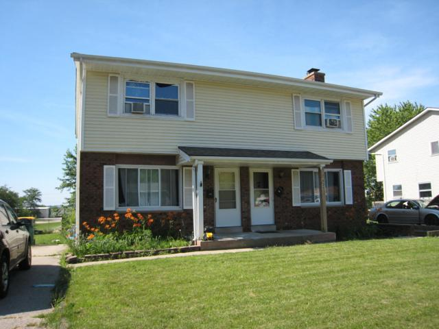 439 E Hartwell St #441, Elkhorn, WI 53121 (#1648275) :: RE/MAX Service First Service First Pros