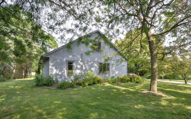 2635 S Beaumont Ave, Dover, WI 53139 (#1648340) :: Keller Williams