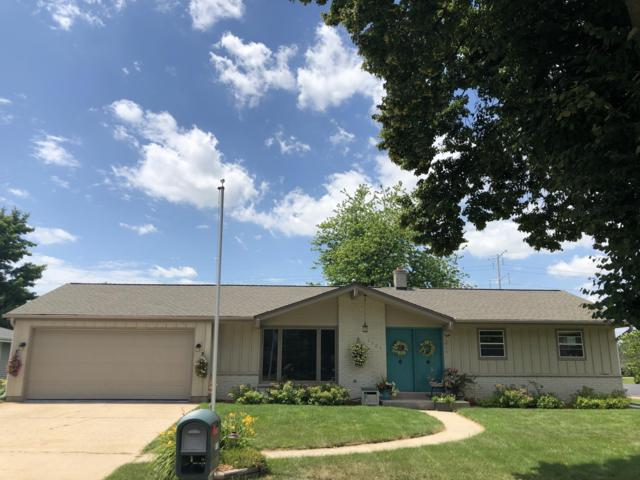 1501 2nd Ave, Grafton, WI 53024 (#1648548) :: RE/MAX Service First Service First Pros
