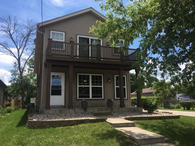 W268N2790 Water St, Pewaukee, WI 53072 (#1648651) :: RE/MAX Service First Service First Pros
