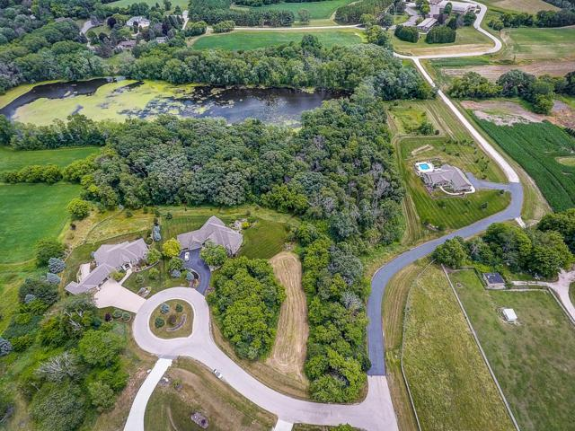 Lot 10 Williams Bay Ct, Delafield, WI 53188 (#1648709) :: RE/MAX Service First Service First Pros