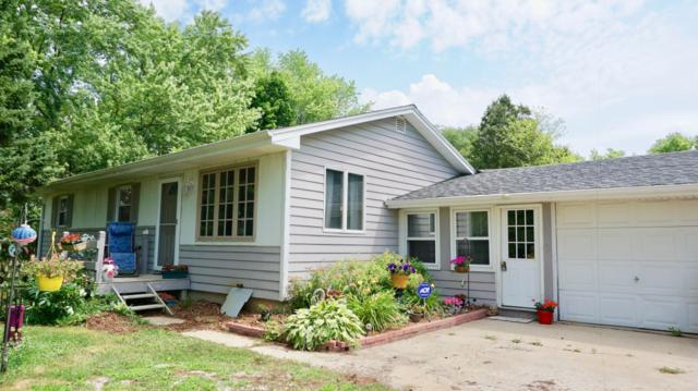 N6486 County Rd Dd, Spring Prairie, WI 53105 (#1648914) :: RE/MAX Service First Service First Pros