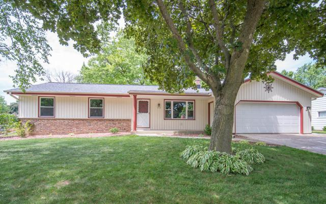 1712 Longmeadow Dr, West Bend, WI 53095 (#1648954) :: RE/MAX Service First Service First Pros