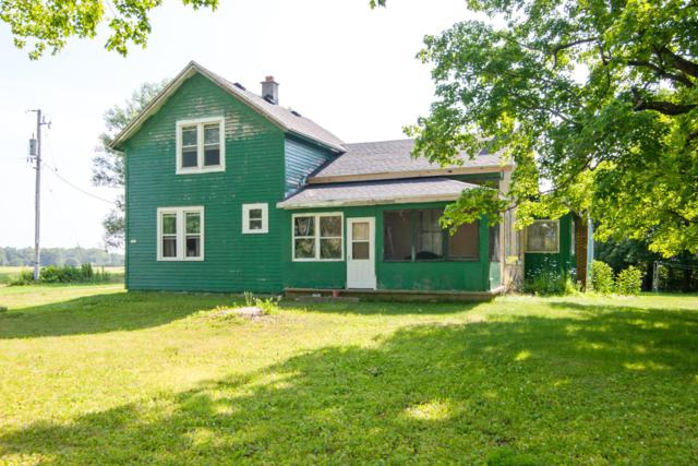 4892 Cty Hwy P, Jackson, WI 53095 (#1649016) :: eXp Realty LLC