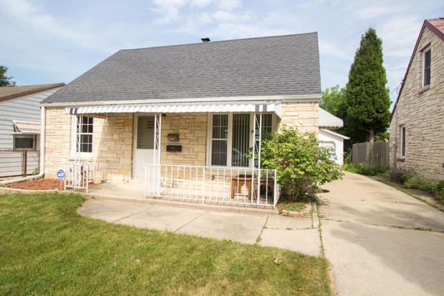 2632 S 69th St, Milwaukee, WI 53219 (#1649274) :: eXp Realty LLC