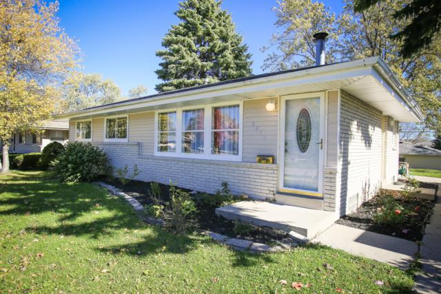 3812 S 85th St, Milwaukee, WI 53228 (#1649281) :: eXp Realty LLC