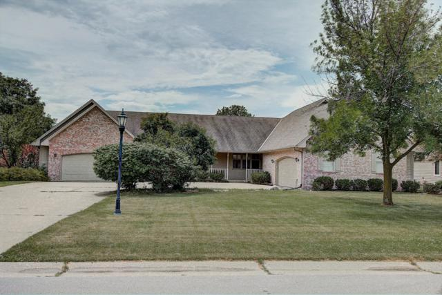 N26W26249 Quail Hollow Rd, Pewaukee, WI 53072 (#1649408) :: RE/MAX Service First Service First Pros