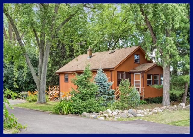1419 S West Ln, New Berlin, WI 53146 (#1649413) :: RE/MAX Service First Service First Pros