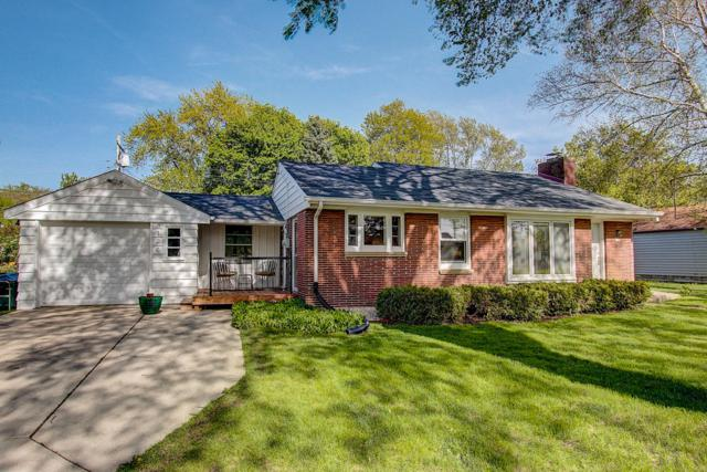 3126 N 106th St, Wauwatosa, WI 53222 (#1649441) :: RE/MAX Service First Service First Pros