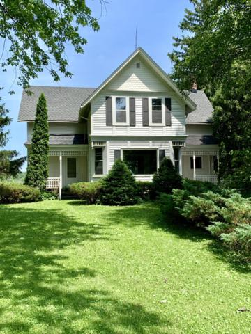 598 Bridge Rd, Jackson, WI 53012 (#1649477) :: RE/MAX Service First Service First Pros