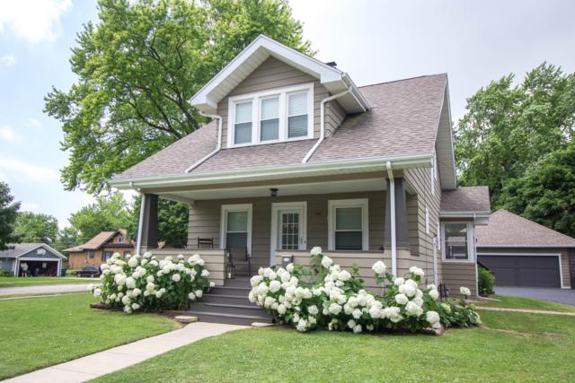 122 S Wisconsin St, Elkhorn, WI 53121 (#1649496) :: RE/MAX Service First Service First Pros