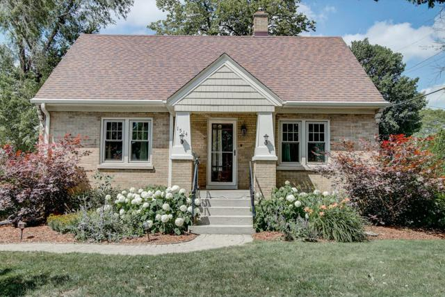 1514 Chestnut St, West Bend, WI 53095 (#1649581) :: Tom Didier Real Estate Team
