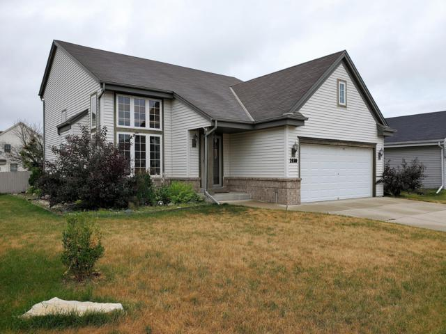 2930 Rocky Creek Dr, Waukesha, WI 53189 (#1649610) :: RE/MAX Service First Service First Pros