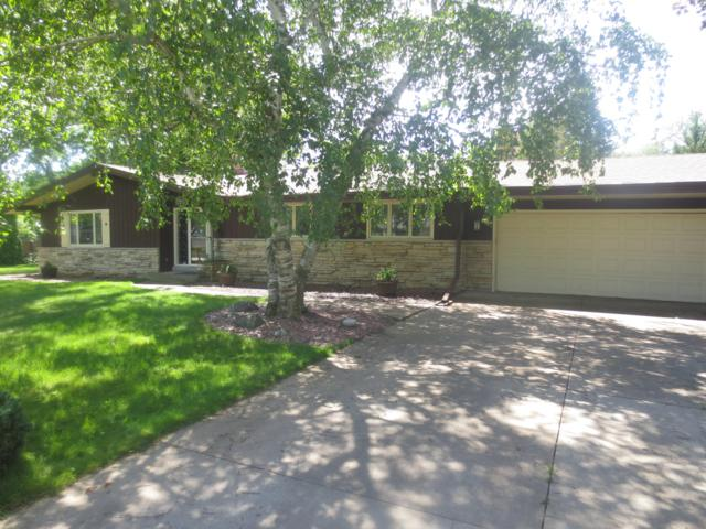 15105 Pomona Rd, Brookfield, WI 53005 (#1649681) :: RE/MAX Service First Service First Pros